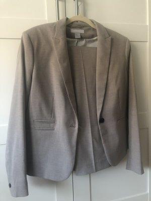 Neuwertiger Hosenanzug H&M Blazer Hose Gr. 44 beige Business Wear