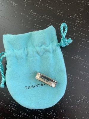 Neuwertiger Original Anhänger aus Silber von Tiffany & co. Kann man auf jede Kette anbringen.