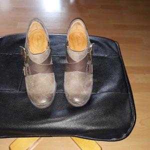 Clarks Chaussure à talons carrés marron clair