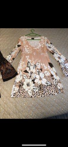 Neuwertiges Kleid Melrose Gr S