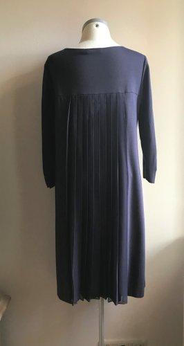 Neuwertiges Kleid von Robe Legere by Vera Mont, Gr. 40