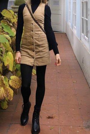 Neuwertiges Minikleid aus Kord