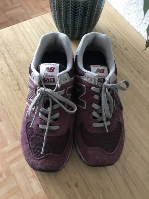 New Balance Sneakers met hak bordeaux