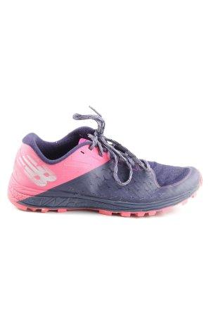 New Balance Schnürsneaker lila-pink Schriftzug gedruckt sportlicher Stil