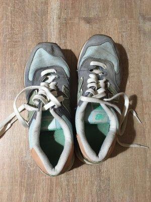 New Balance Schuhe pastellfarben