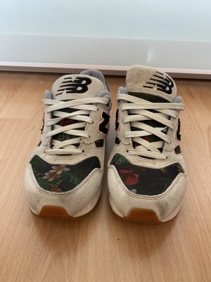 New Balance Sneaker Flower Größe 38