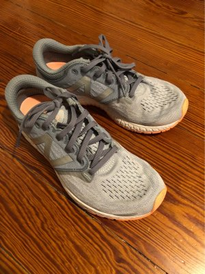New Balance Sneaker in Größe 37