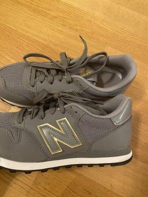 New Balance Sneaker - noch nie getragen!