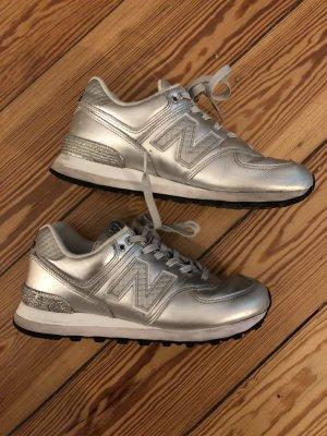 New Balance Sneaker silber