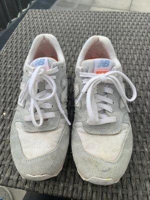 New Blanace Sneaker