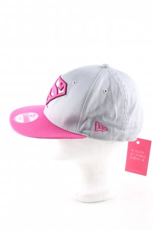 New Era Baseball Cap pink-light grey embroidered lettering casual look