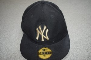 New Era Gorra de béisbol negro-color oro