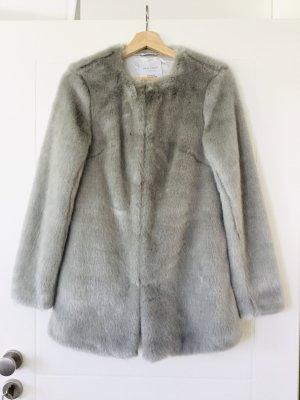 New Look Fake Fur Mantel Grau 36