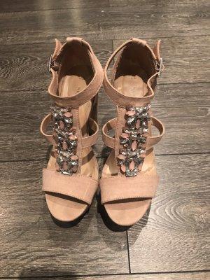New Look High Heels mit Schmucksteinen