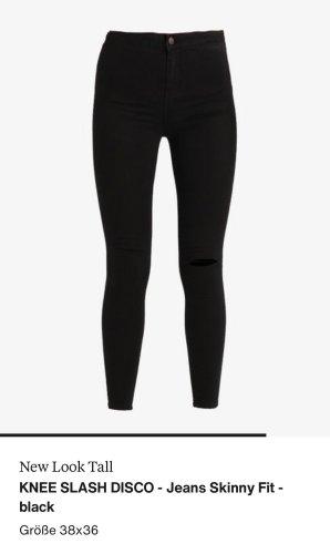 New Look - High Waisted Skinny Jeans mit Schlitz an einem Knie in Schwarz