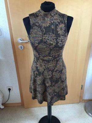 New Look Kleid mit turtlenec