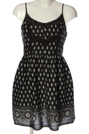 New Look Longtop schwarz-weiß grafisches Muster Casual-Look