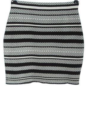 New Look Minifalda negro-blanco estampado gráfico look casual