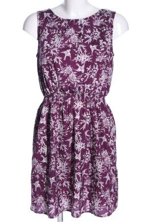 New Look schulterfreies Kleid lila-weiß Blumenmuster Casual-Look