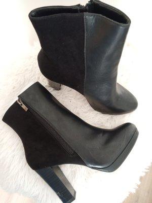 New Look Laarsjes met sleehak zwart
