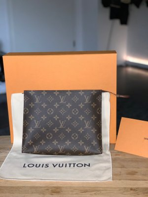 NEW! Louis Vuitton Poche Toilette 26