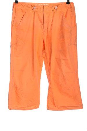 New View Pantalón pirata naranja claro look casual