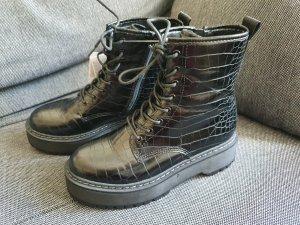 New Yorker Chunky Boots gr. 37 Kroko Stiefel Stiefeletten schwarz Schnürstiefel neu Plateau