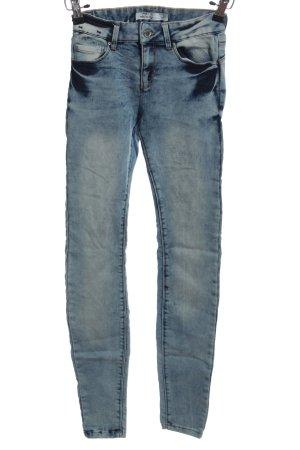 New Yorker Pantalón de cinco bolsillos azul look casual