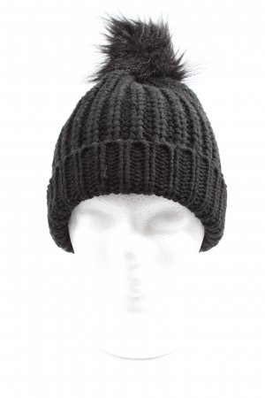 New Yorker Crochet Cap black weave pattern casual look