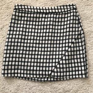 Amisu Jupe en laine blanc-noir