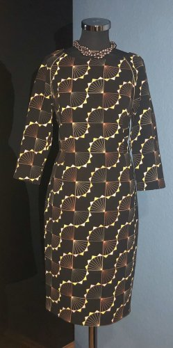 Next Geometric Kleid