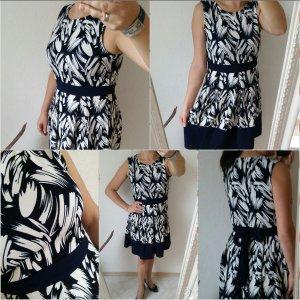 Next Kleid 40 dunkelblau