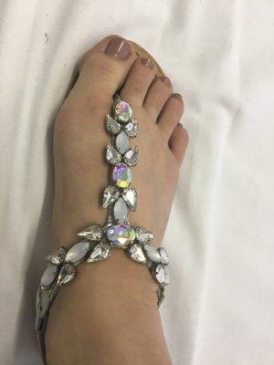 NEXT Sandalette/Sandale/Zehentrenner silber mit großen Glitzersteinen