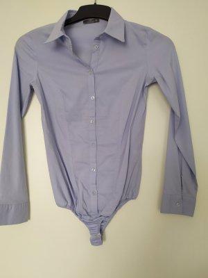Nicht getragene Bodie-Bluse in blau