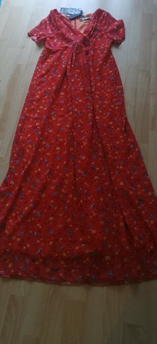 Nicowa Szyfonowa sukienka czerwony