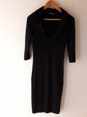 Nicowa. Kleid. schwarz