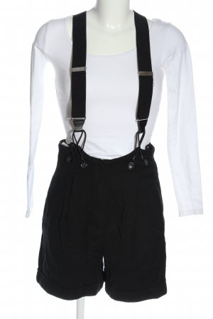 Nicowa Bib Shorts black casual look