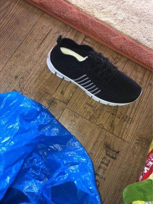 Slip-on Sneakers black-white