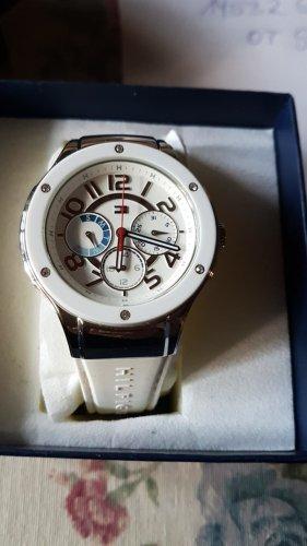 Nie getragene neue Tommy Hilfiger  Damen Uhr in weiß Batterie neu!!! gewechselt 18.05.20