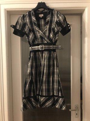 Niedliches Kleid von Karan Millen