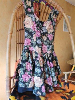 niedliches Vintage Kleidchen