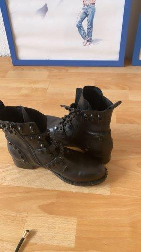 0039 Italy Low boot noir