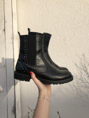 Nieten Boots schwarz Stiefeletten