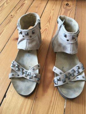 Nieten Sandalen