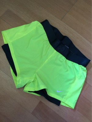 Nike Pantalón corto deportivo gris-amarillo neón