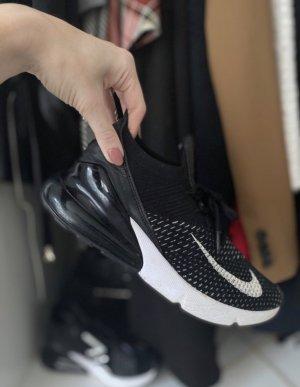 Nike 270 air