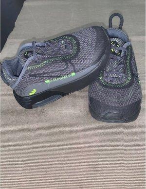 Nike Zapatillas deslizantes multicolor tejido mezclado