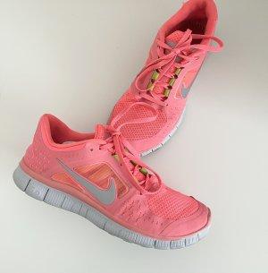 Nike 5.0 Running Sneaker Hot Punch 38