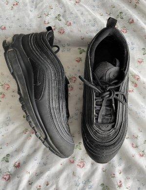 Nike 97er in Schwarz