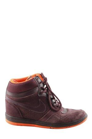 Nike Absatz Sneaker rot-hellorange Casual-Look
